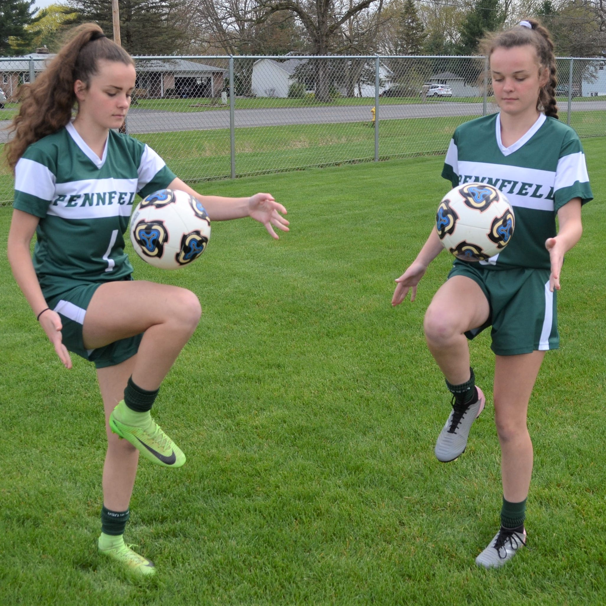 The 'twin thing' is helping Pennfield find the right answer on the soccer field