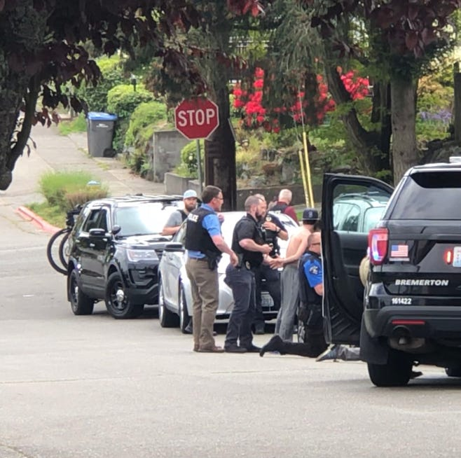 Arrest of two in West Bremerton causes nearby school lockdown