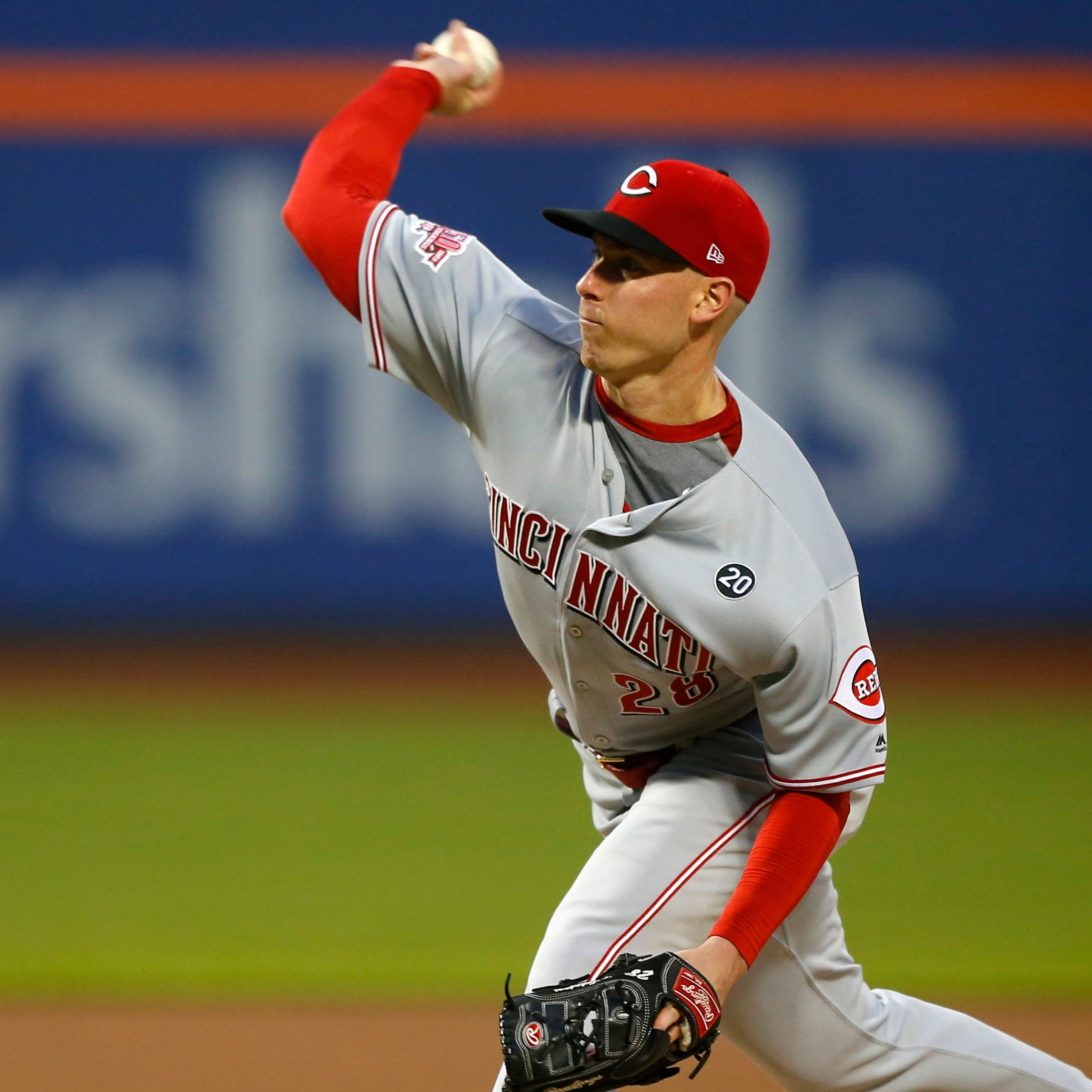 Cincinnati Reds shortstop José Iglesias stuns New York Mets with 9th-inning home run
