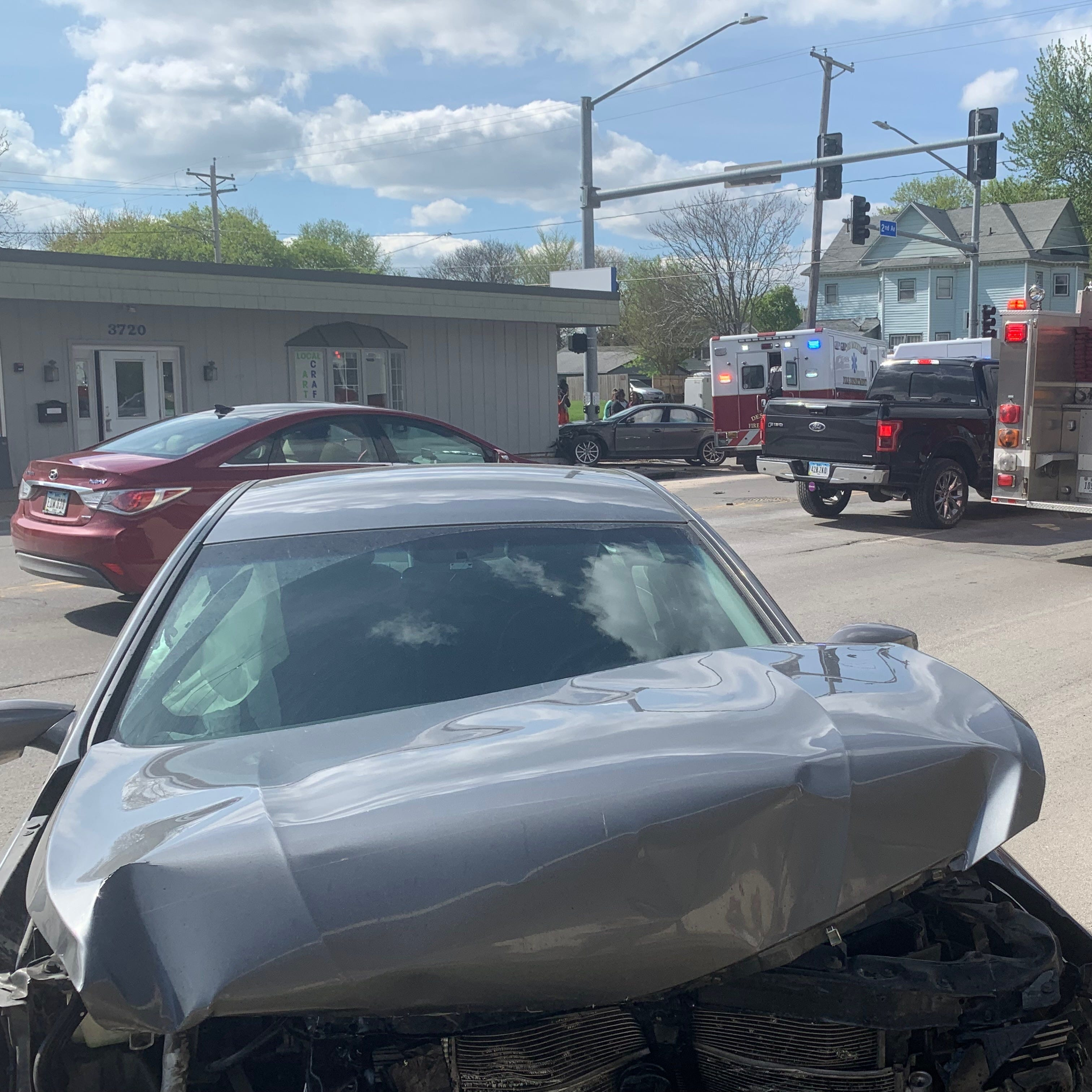 'In the wrong place at the wrong time': Des Moines high school students hit by car while getting off bus