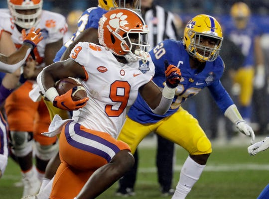 Clemson running back Travis Etienne (9) rushed for 1,658 yards and 24 touchdowns last season.