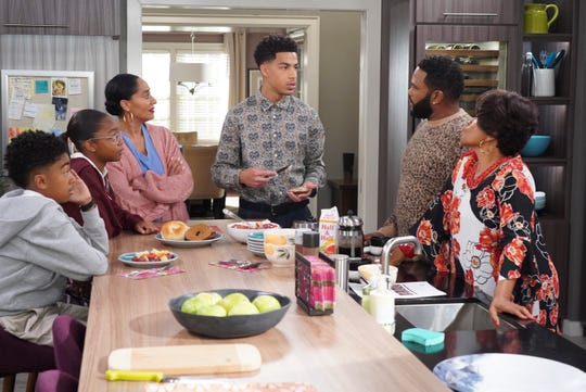 "Miles Brown, Marsai Martin, Tracee Ellis Ross, Marcus Scribner, Anthony Anderson and Jenifer Lewis in a scene from ""black-ish."""