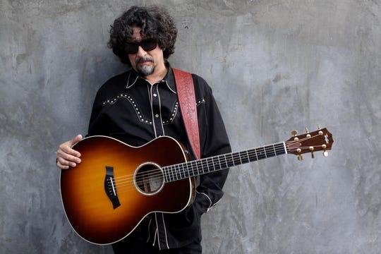 Singer-songwriter Dan Navarro