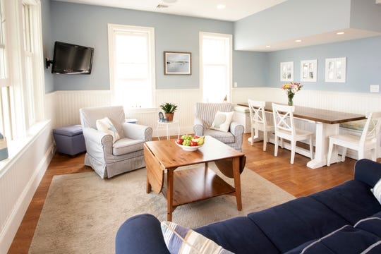 Coastal style gives off a laid-back, carefree vibe that is still elegant and intentional.