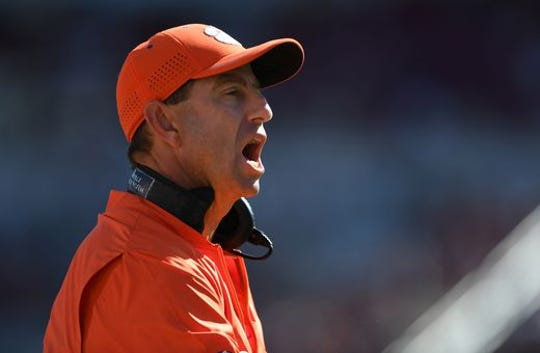 Dabo Swinney will be honored at Dick Vitales's 14th Annual Gala for cancer research.
