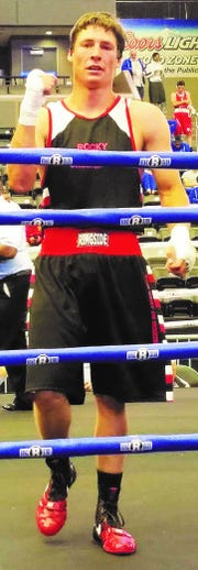 Billy Wagner will be fighting on the undercard of a world middleweight championship bout Saturday night in Las Vegas.