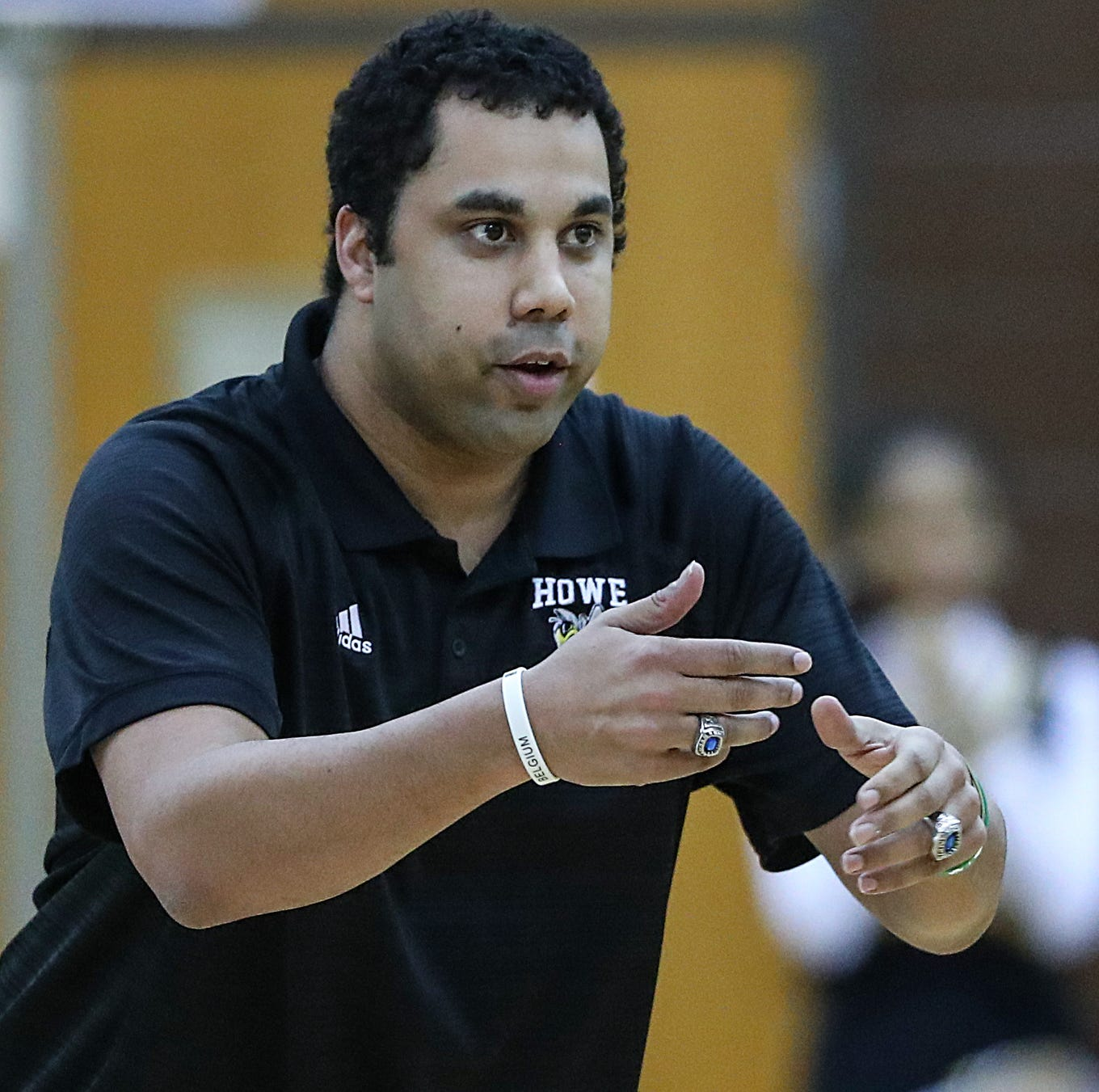Kristof Kendrick is leaving Howe to replace Criss Beyers at Warren Central.