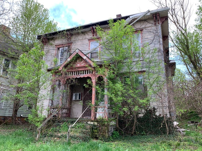 A public meeting will be held on May 16 at 1 p.m. to discuss 171 West Fourth Street. The Ohio State Historic Preservation Office recommended the house, which belonged to Jacob Laird, be individually eligible for listing in the National Register of Historic Places.