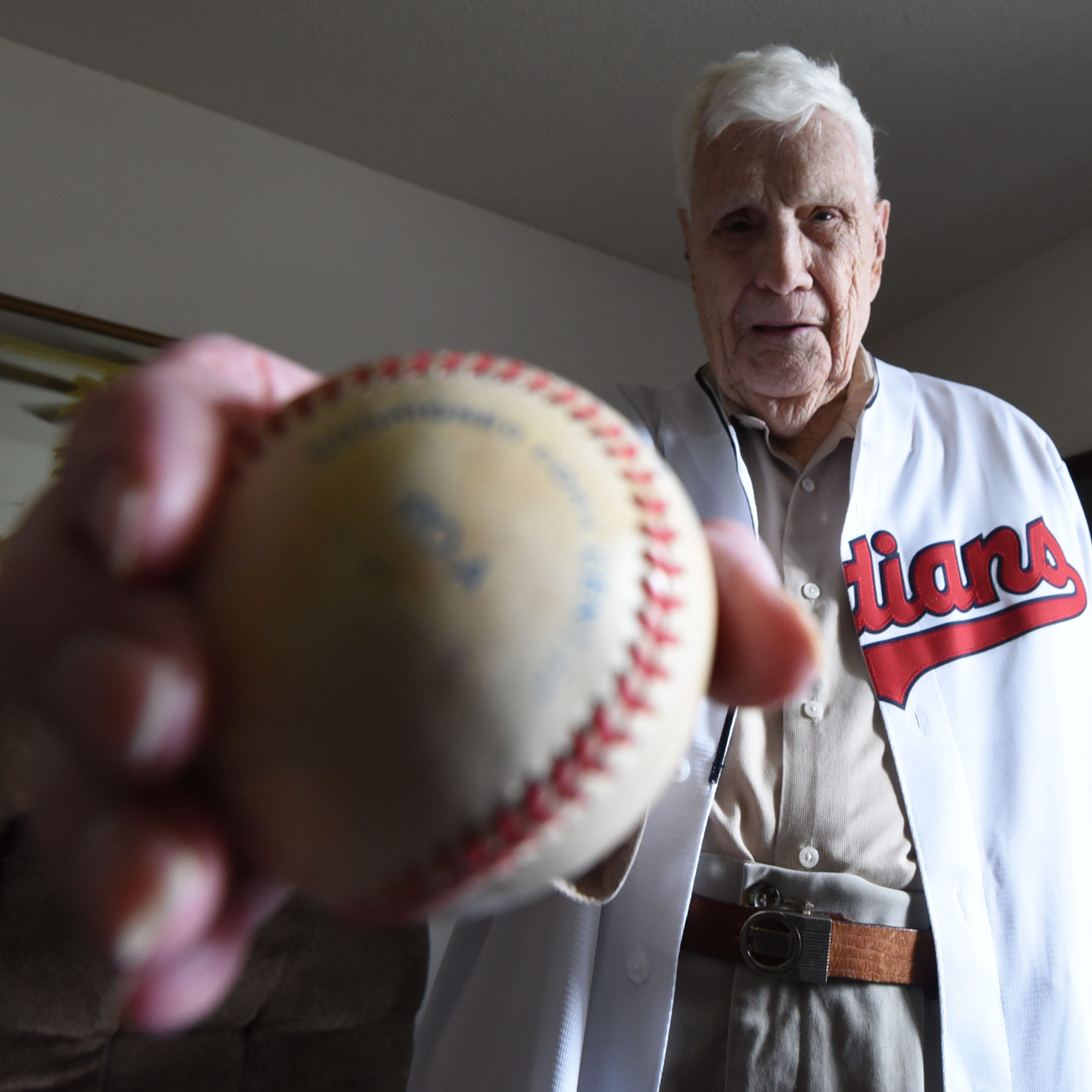 Nonagenerian WWII veteran throwing out 1st pitch at Tuesday's Indians game