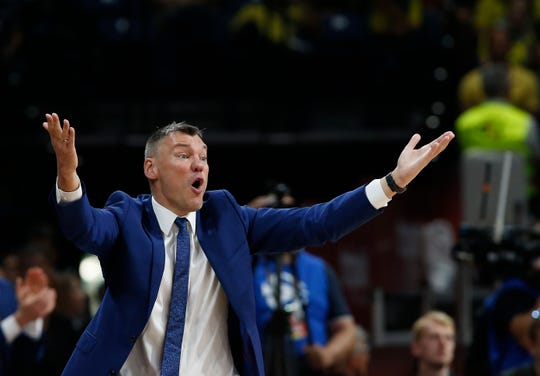 Sarunas Jasikevicius is currently coach of the EuroLeague team Žalgiris in Lithuania. He is expected to meet with the Grizzlies about their head coaching vacancy, according to ESPN. Jasikevicius played at Maryland from 1994 through 1998 and spent 2005 through 2007 playing for the Pacers and Warriors in the midst of a long playing career that was mostly spent overseas. (AP Photo/Darko Vojinovic)