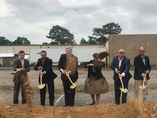 From left, John Lawrence from the Economic Development Growth Engine of Memphis and Shelby County; Trey McKnight of the Whitehaven Development Corp.; Memphis Mayor Jim Strickland; Beverly Robertson, president and CEO of the Greater Memphis Chamber; and Power Transport founders Tony Maranise and Mitchell Spurlock gather to celebrate the groundbreaking of Power Transport's new Whitehaven headquarters at 3036 Directors Row.