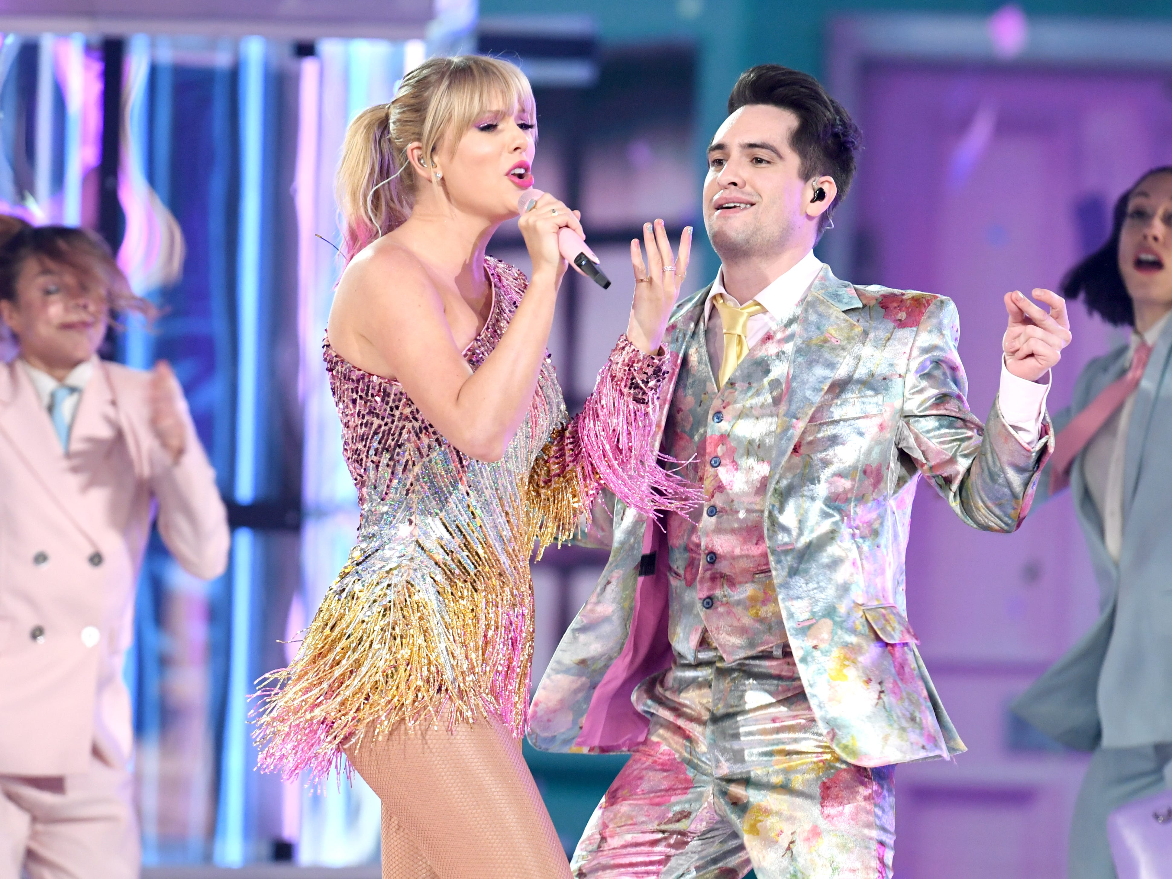Taylor Swift and Brendon Urie of Panic! at the Disco perform onstage during the 2019 Billboard Music Awards at MGM Grand Garden Arena on May 01, 2019 in Las Vegas, Nevada.