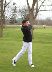 Ian Smith shot 72 to lead Plymouth to a first-place finish in the KLAA preseason golf tournament at Kensington Metropark Golf Course.