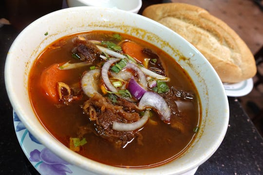Banh mi bo kho (beef stew with bread) at Pho Thanh in Phoenix.