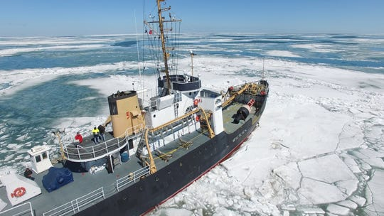 The Bramble traverses the ice through the St. Lawrence Seaway.