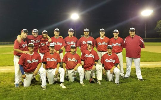 The Brandon Valley Rats following their district win in 2018 to qualify for the state tournament.