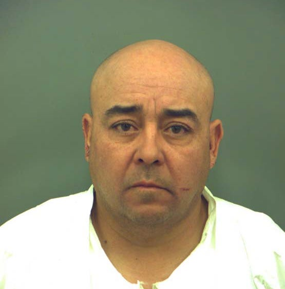 El Paso man allegedly admits to shooting wife in neck, thought he killed her