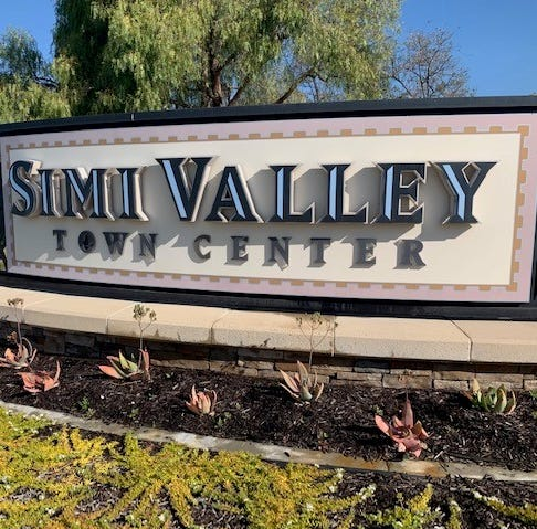 Struggling Simi Valley Town Center in default, documents say