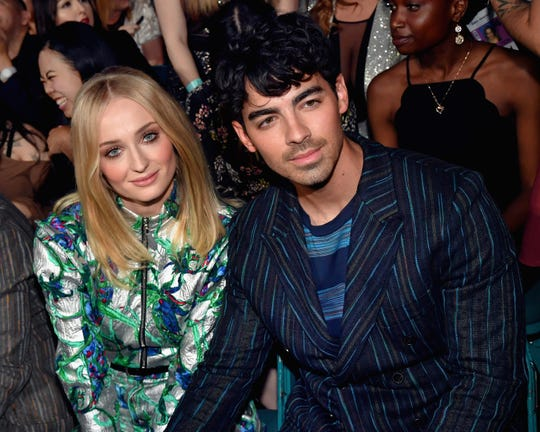 LAS VEGAS, NV - MAY 01:  (L-R) Sophie Turner and Joe Jonas attend the 2019 Billboard Music Awards at MGM Grand Garden Arena on May 1, 2019 in Las Vegas, Nevada.  (Photo by Jeff Kravitz/FilmMagic for dcp) ORG XMIT: 775318608 ORIG FILE ID: 1146418998