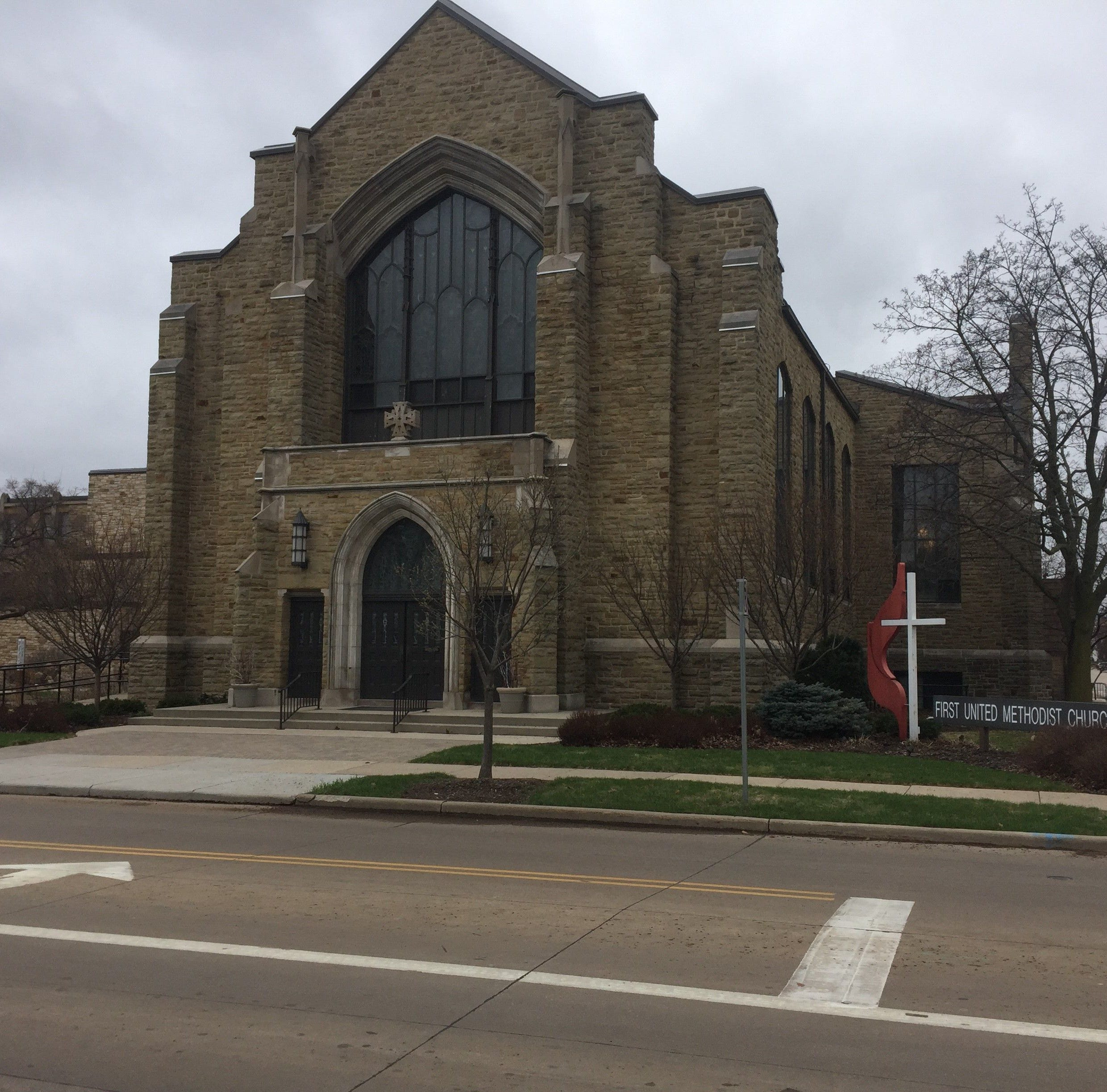 Appleton-area faith communities wary about prospect of armed security