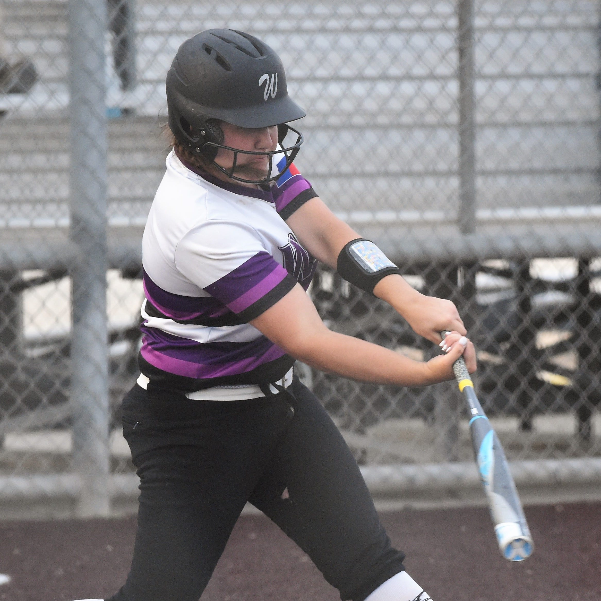 Local Player of the Week: Abilene Wylie softball's Buck slams, pitches way to award