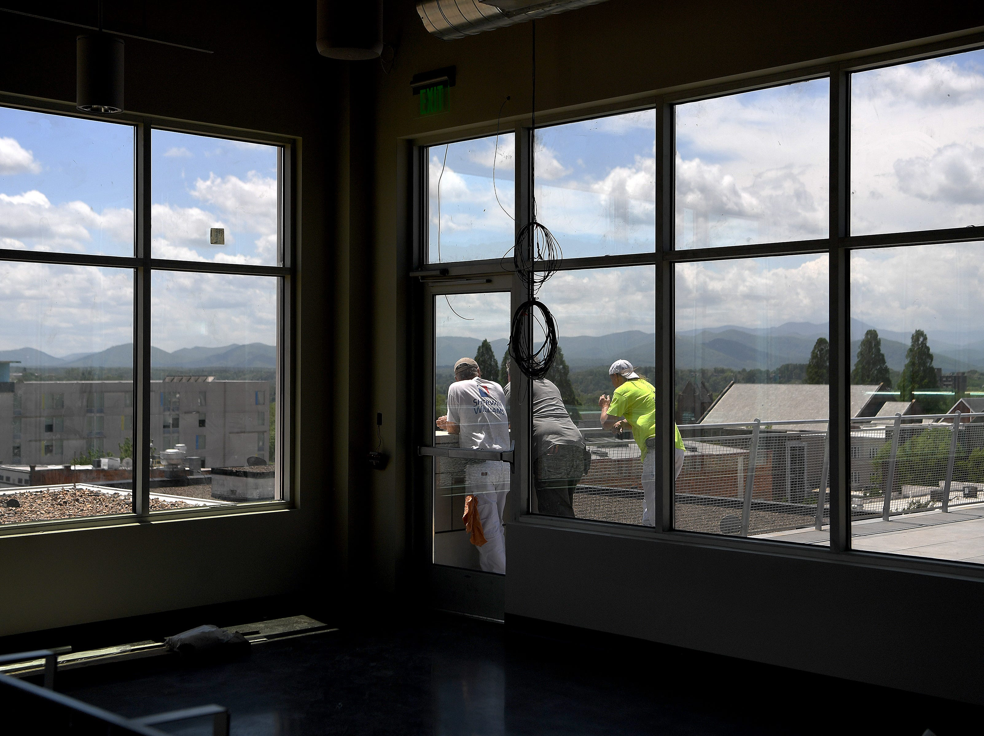 A new rooftop cafe, adjacent to the sculpture terrace will be opening during museum hours at the Asheville Art Museum when the building opens this summer.