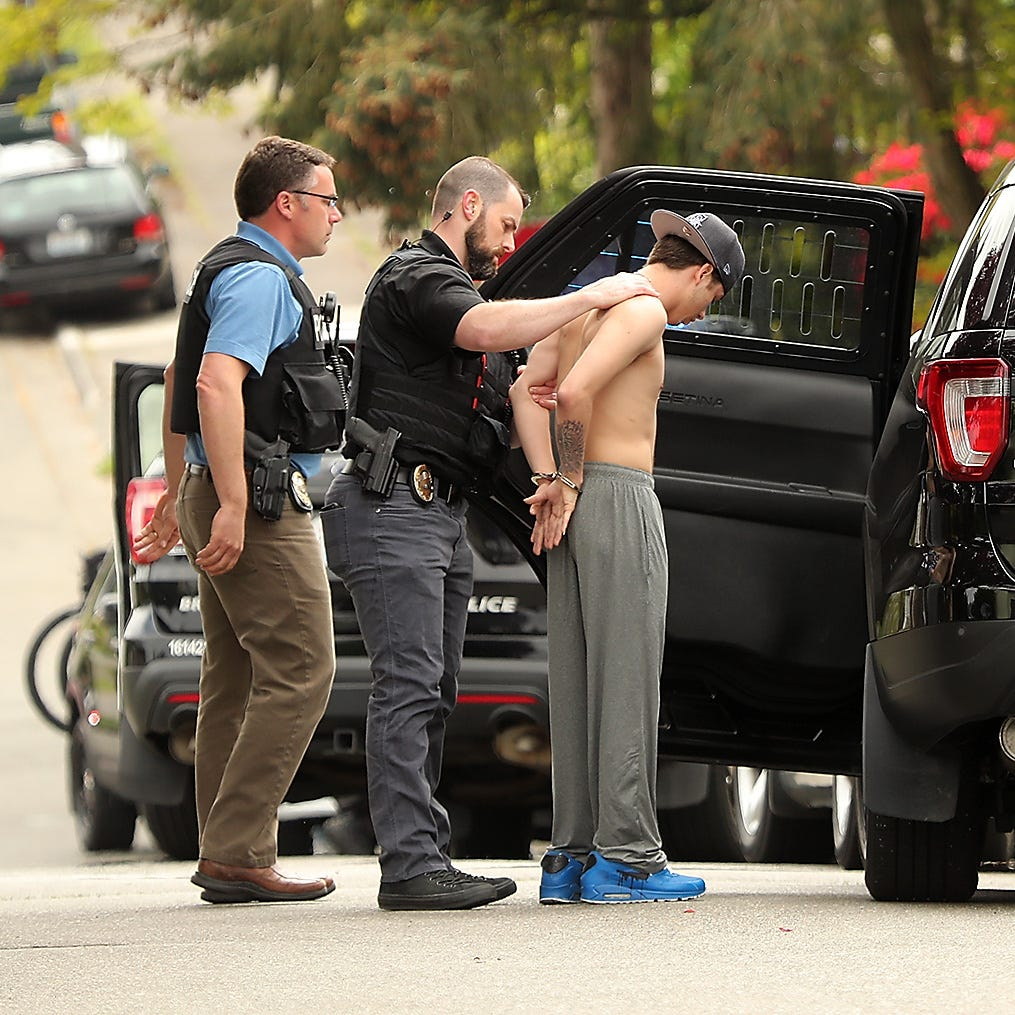 Arrest of two in West Bremerton causes nearby school lockdown