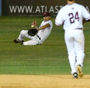 High School Baseball: Calallen rallies for 9-5 win against Carroll
