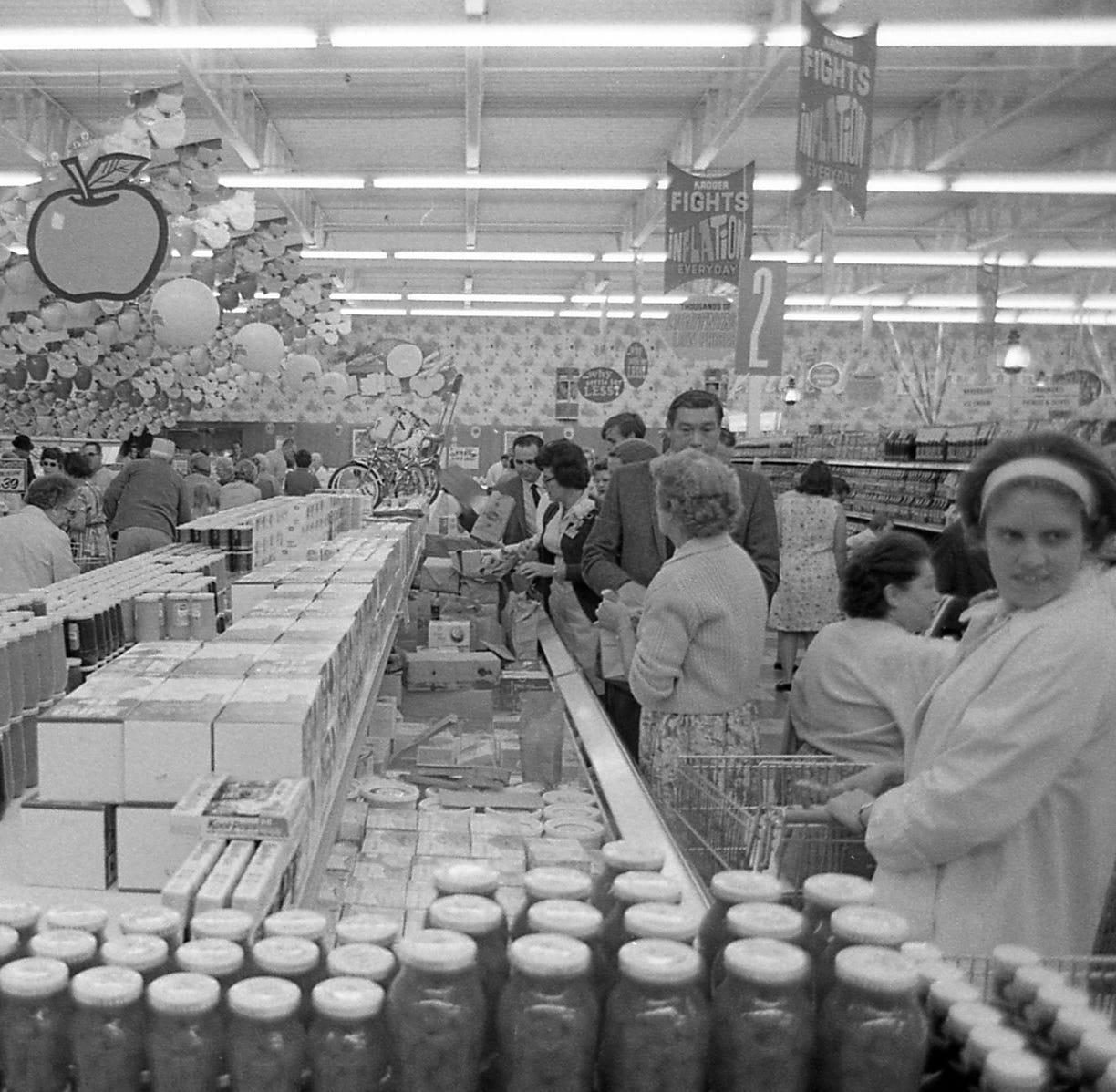 Unlocking the Archive: Kroger opening in 1970