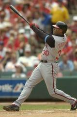 Ken Griffey, Jr. hit his 500th career home run off St. Louis Cardinals pitcher Matt Morris at Busch Stadium in St. Louis, June 20, 2004.