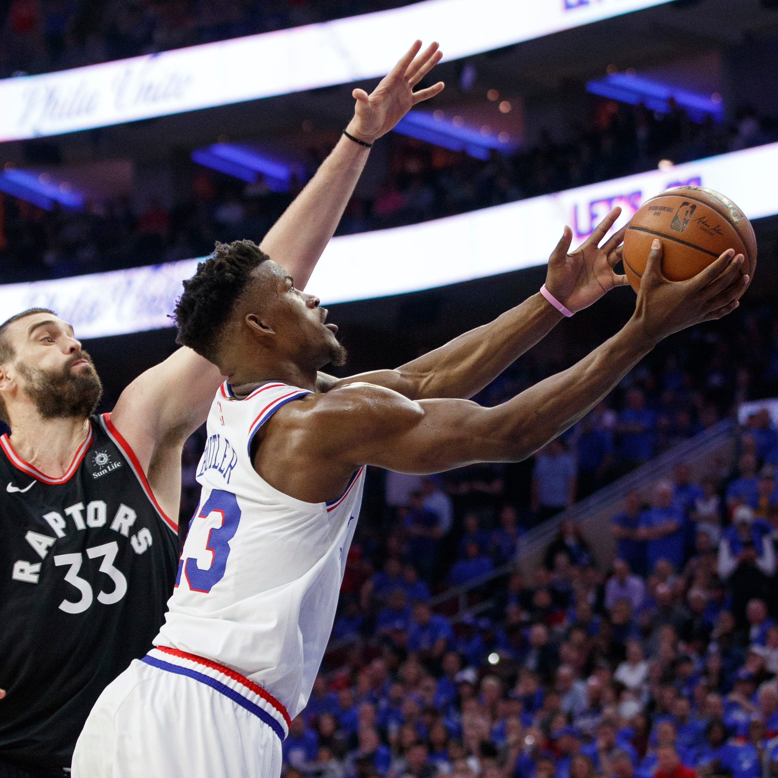 Thursday's NBA playoffs: Embiid, 76ers rout Raptors to take 2-1 lead