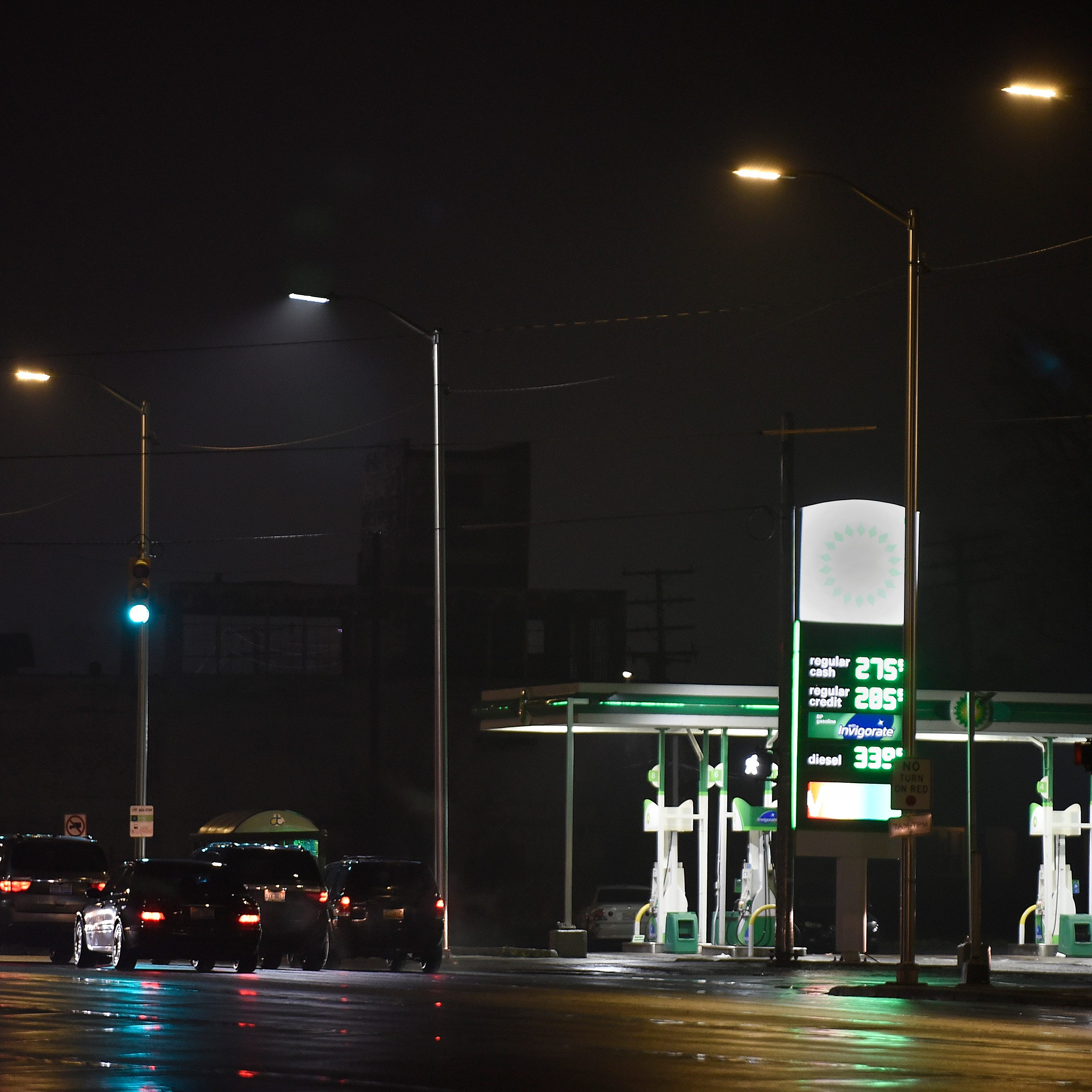 Duggan: Detroit's streetlight problem could cost $9M