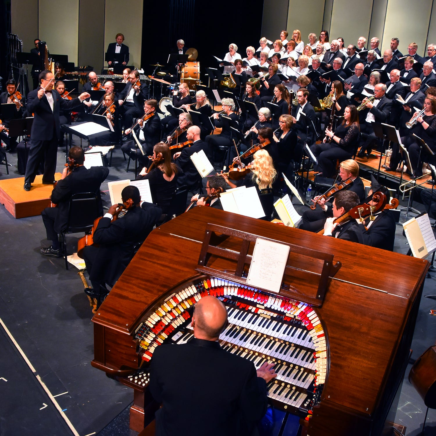 Orchestra of the Southern Finger Lakes honors mothers with final concert of the season