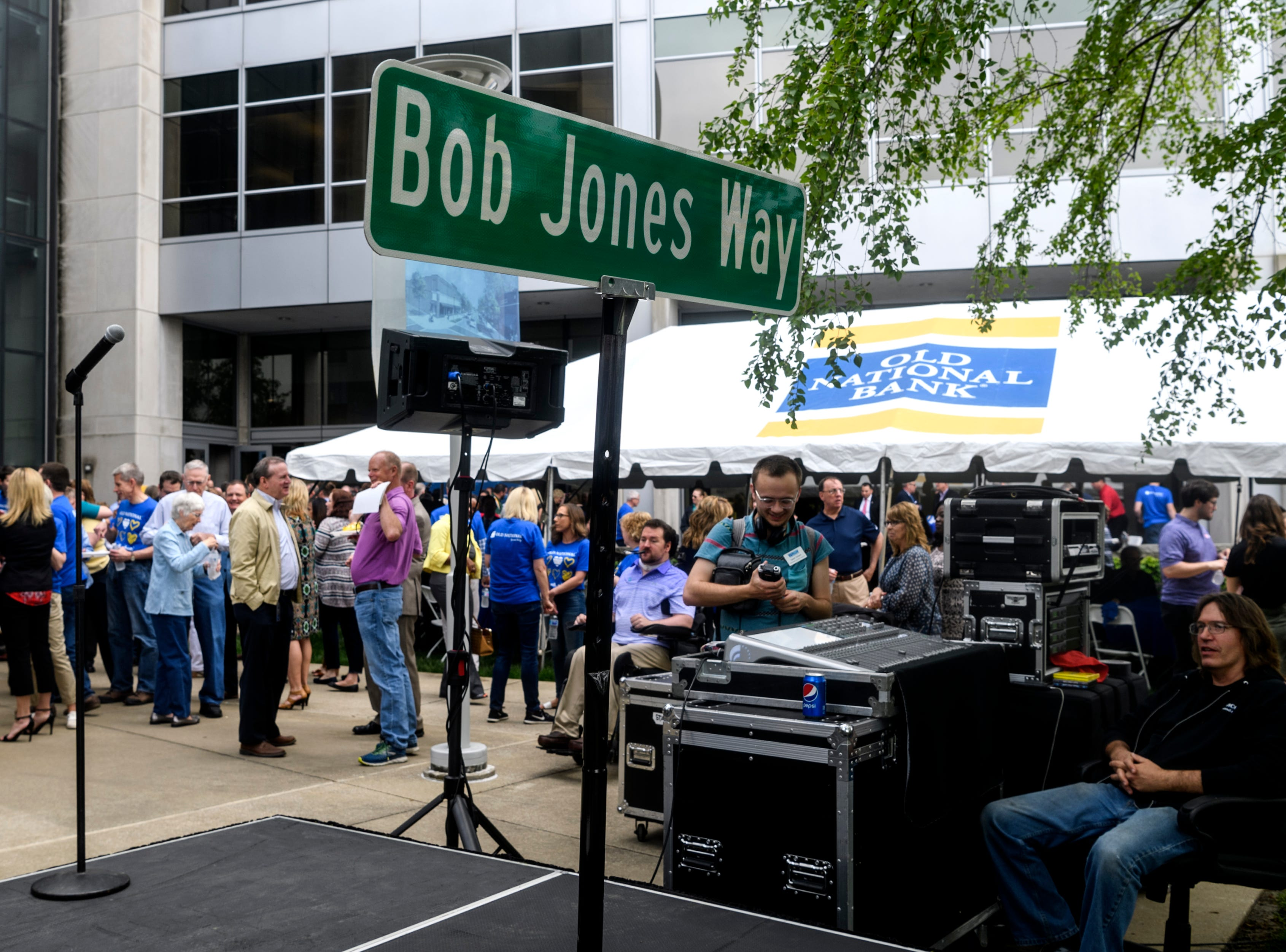 One of several surprise gifts for retiring Old National Bank CEO Bob Jones is the renaming of a small section of Walnut Street from Martin Luther King Boulevard to Second Street to Bob Jones Way in downtown Evansville.