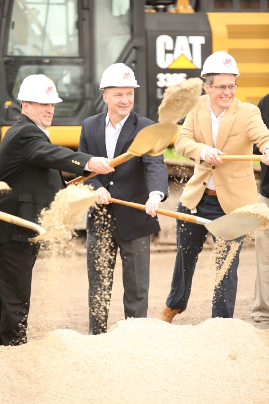 Mercury Marine leadership breaks ground on its new expansion.