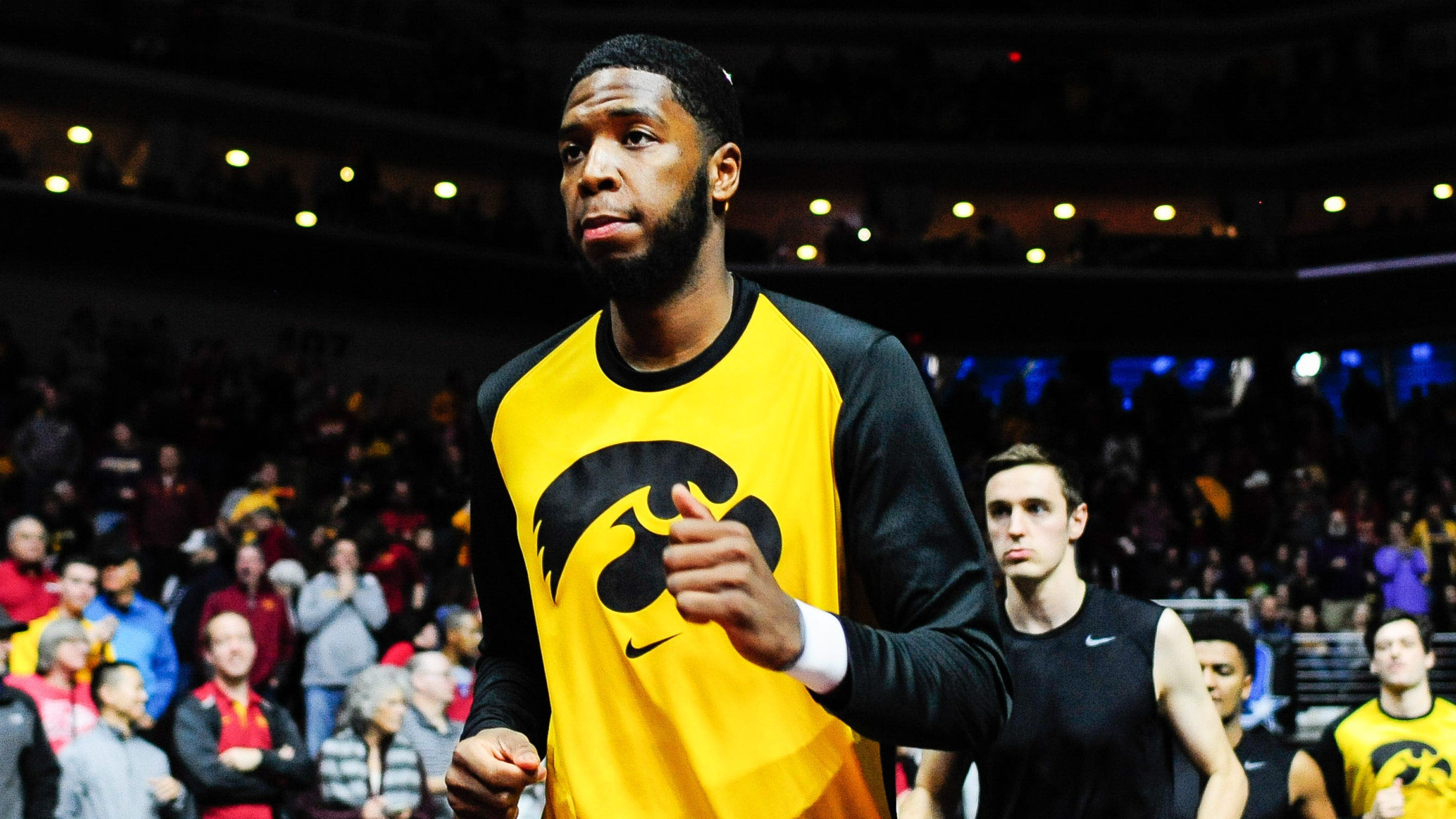 Leistikow: Some opinions about Isaiah Moss' transfer from Iowa basketball - Hawk Central