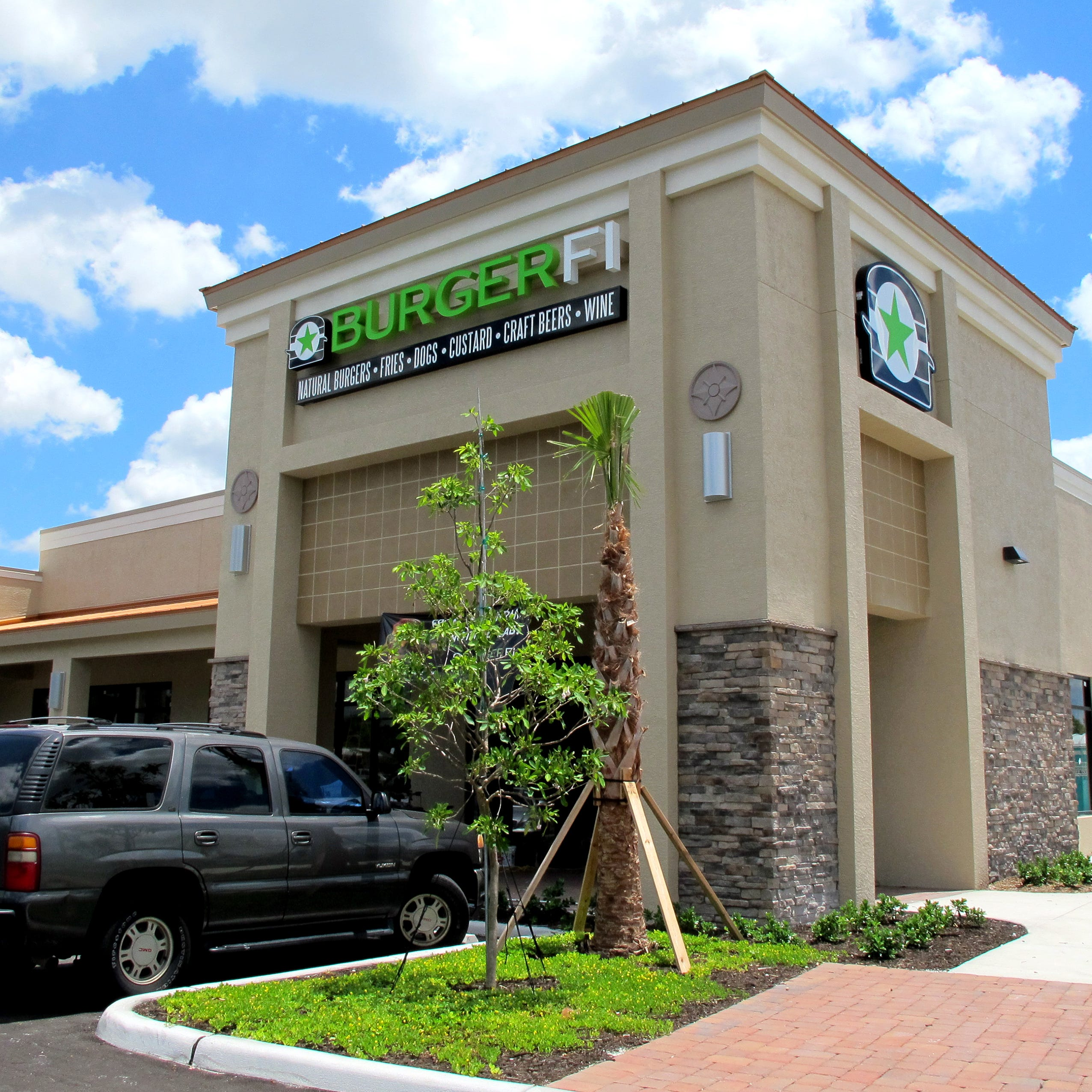 In the Know: BurgerFi restaurant reopens in North Naples