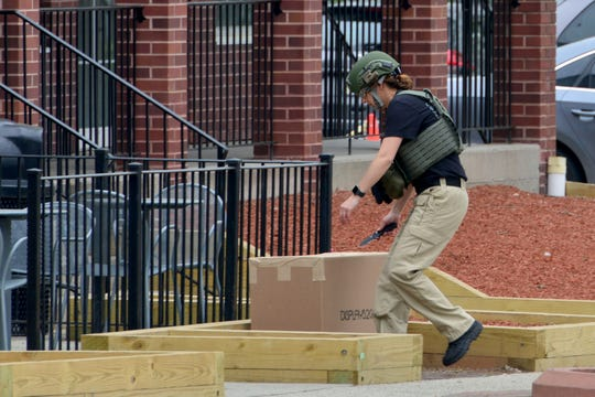 Police respond to a suspicious package, which shutdown the downtown area of Kinderkamack Road in Oradell on Friday May 3, 2019.