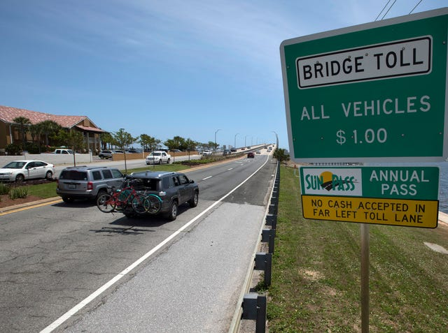 Pensacola Beach toll booth, SunPass lane changes planned for mid May