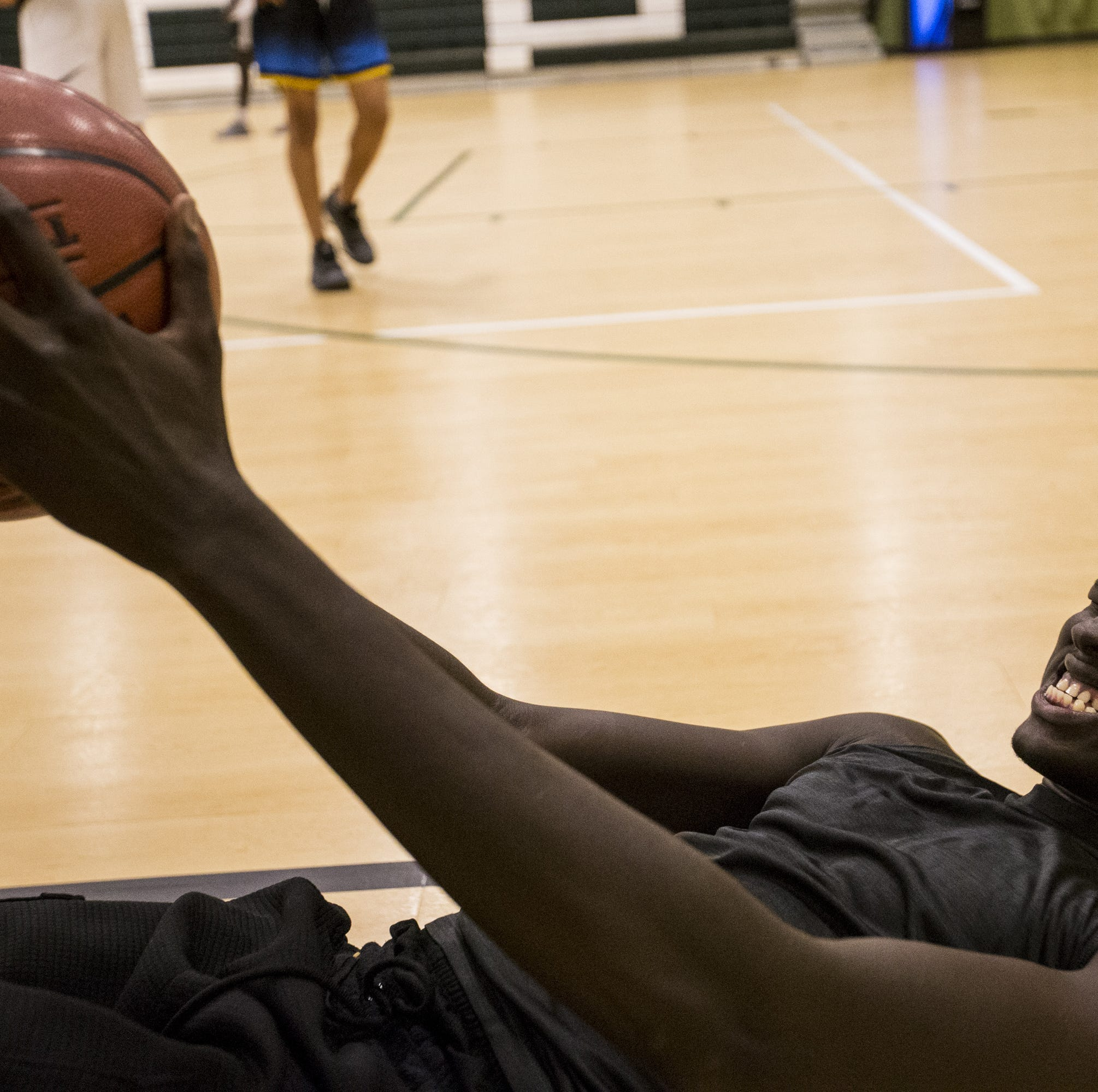 Chandler Compass Prep big man Chol Marial commits to Maryland over ASU, others