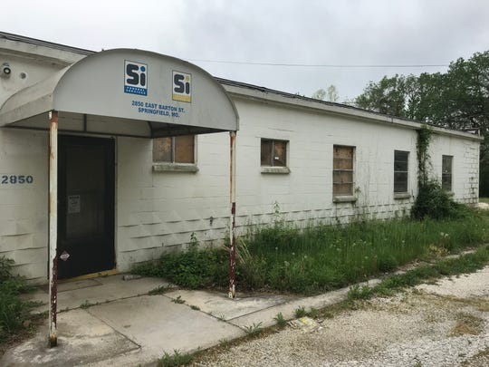 Answer Man: What's the plan for this vacant property a block from all the development on South Lone Pine Avenue in Galloway?