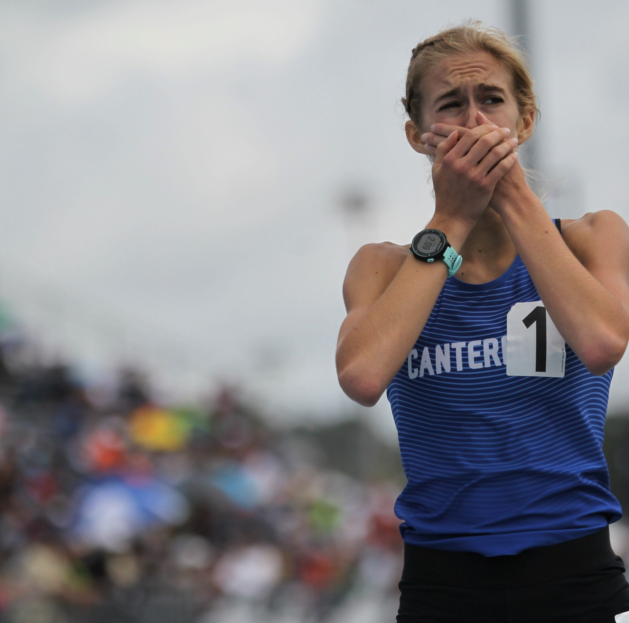 Canterbury's Edwards, Estero's Brittenham lead early state track pack win 800 titles