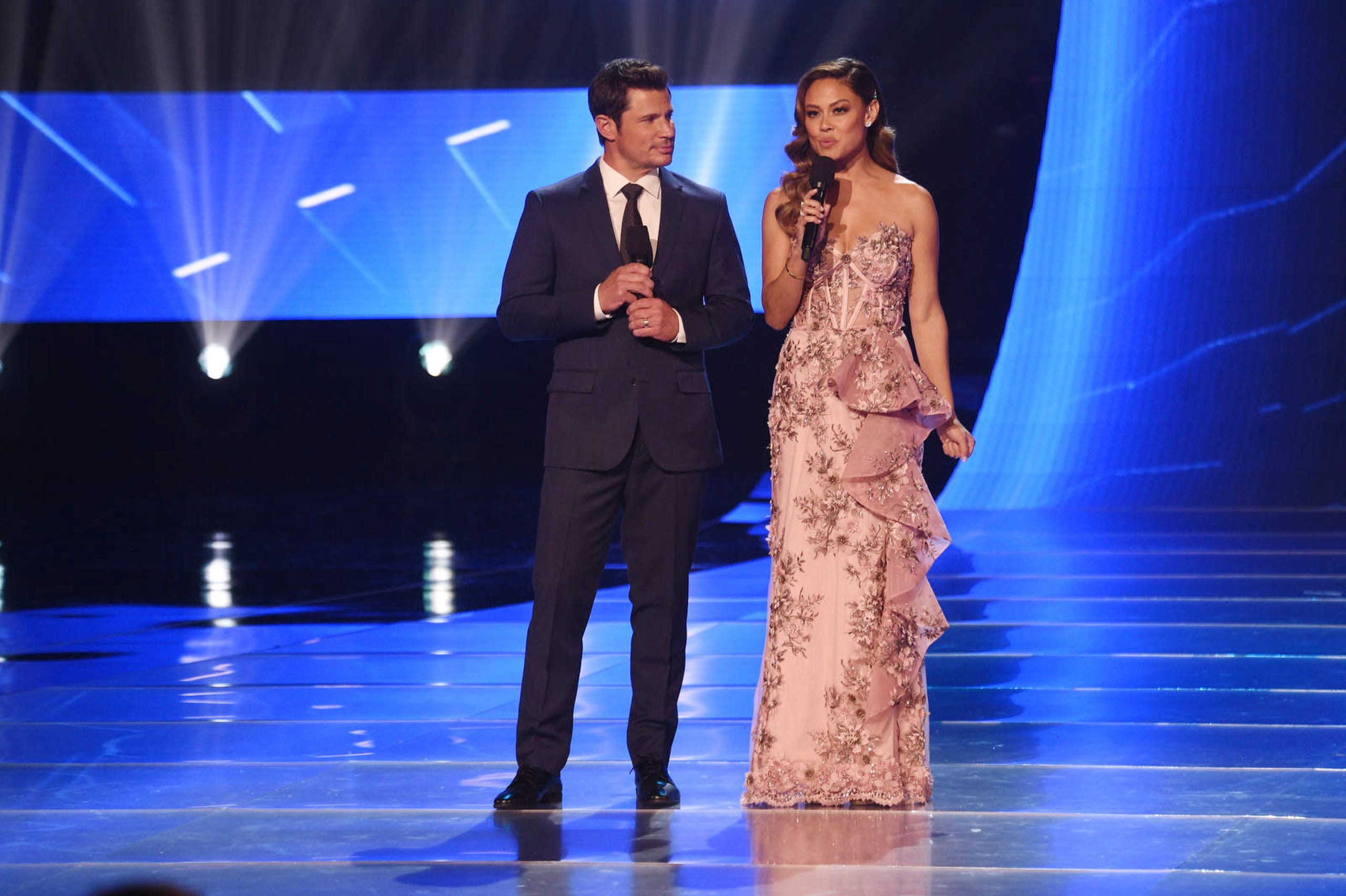 Co-hosts Nick and Vanessa Lachey during Miss USA 2019.