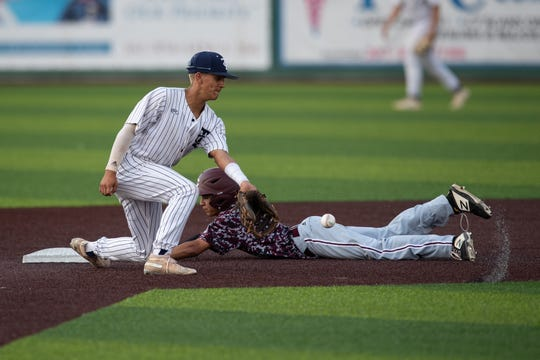 Calallen defeats Carroll 12-7 in Game 2 of a Class 5A bi-district baseball series at Cabaniss Baseball Field on Friday, May 3, 2019.