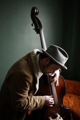 Joel Peterson studied double bass with the DSO's Robert Gladstone.