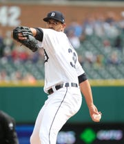 Tyson Ross pitches Saturday against the Royals.