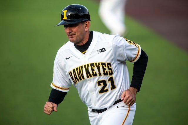 official photos 9a765 b2e88 Iowa baseball: Hawkeyes undo recent good work with series ...