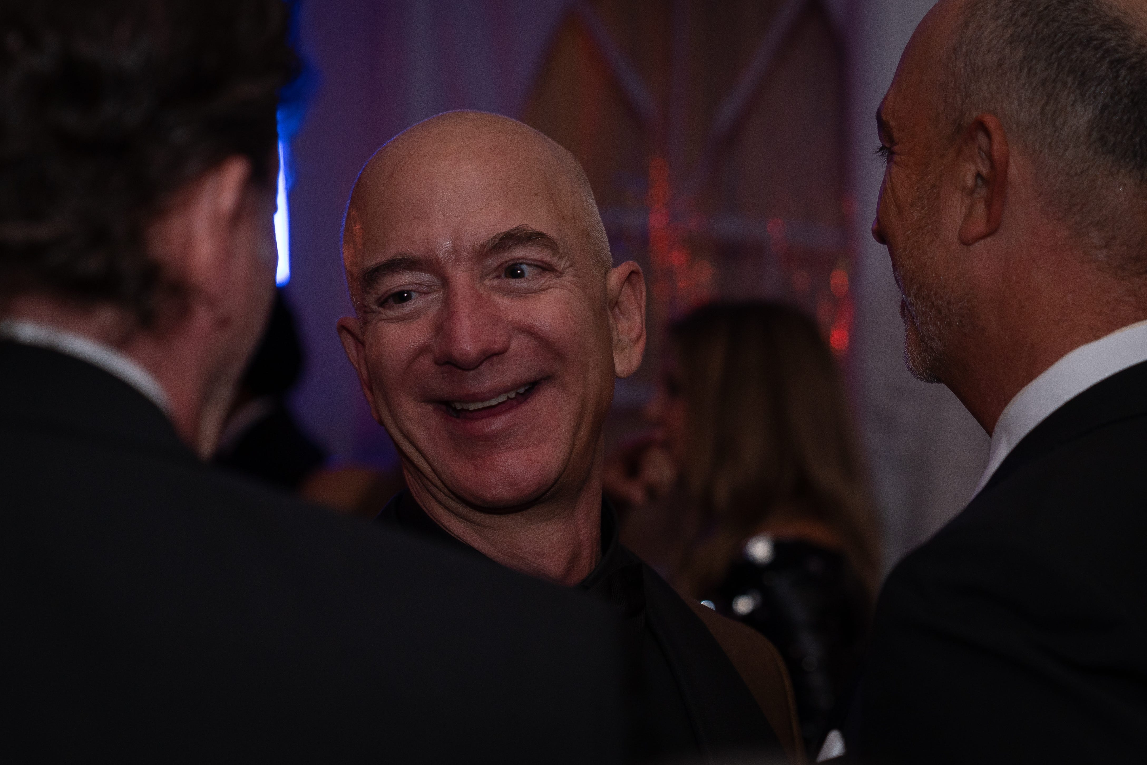 Jeff Bezos, richest man in the world, was a surprise guest at this Kentucky Derby party