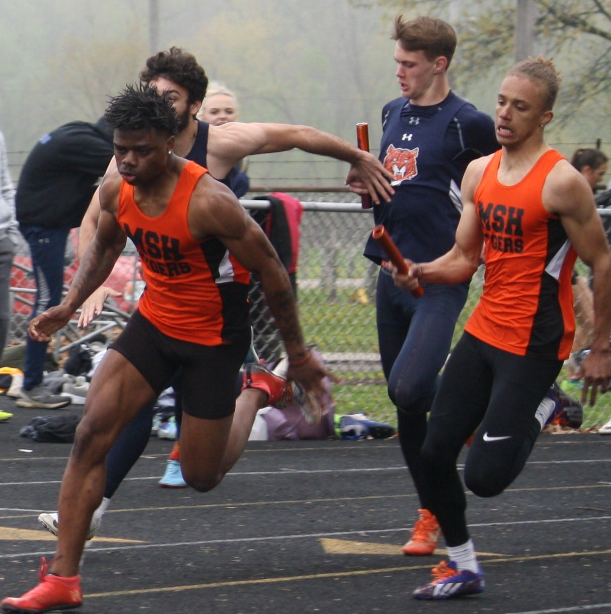 Earning the spotlight: Grose, Myers set individual marks at Galion Invite