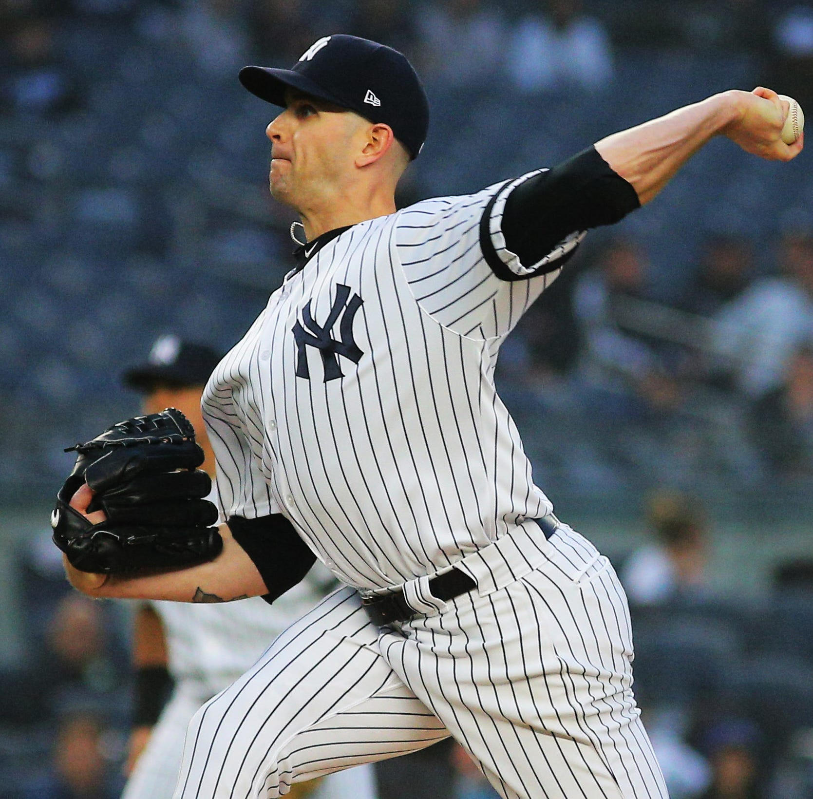 James Paxton pulled from Yankees game vs. Twins with sore knee, will have MRI